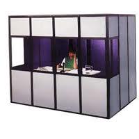 Cabinas de traducción simultánea en congresos